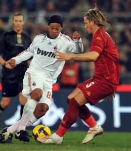 Ronaldinho and Milan needs the 3 points or else they might be dragging themselves into the relegation dog fight.